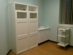 Campus-Medical-Exam-Room-Furnishing-A