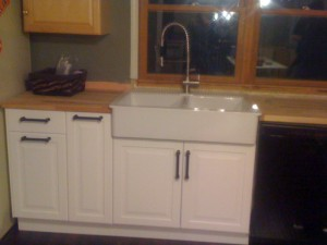 Cabinet-Sink-Installation